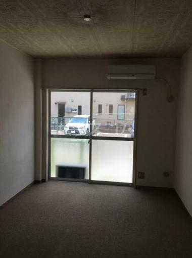 レジデンスGOTO 108号室のリビング