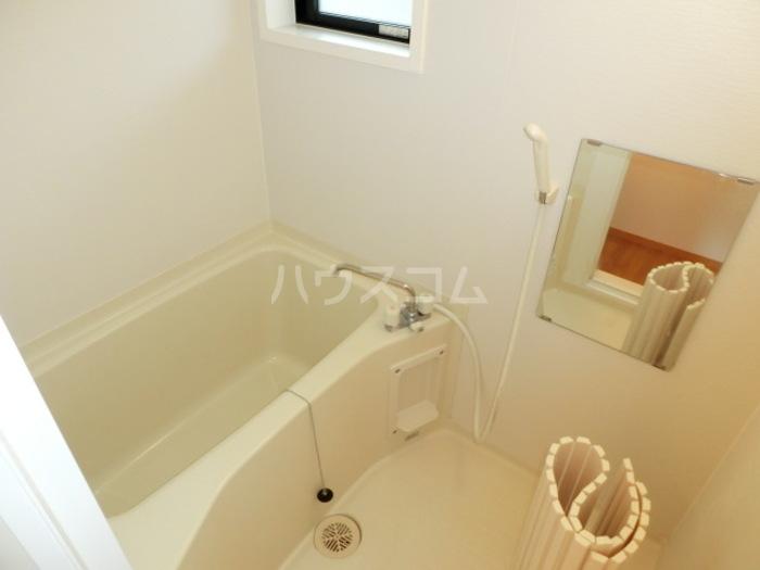 プランドール鈴木 101号室の風呂