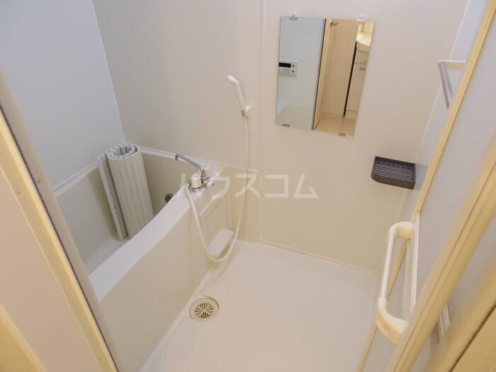 フラワーハイム 103号室の風呂