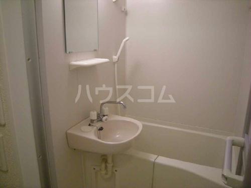 レオパレスKSM21 203号室の洗面所