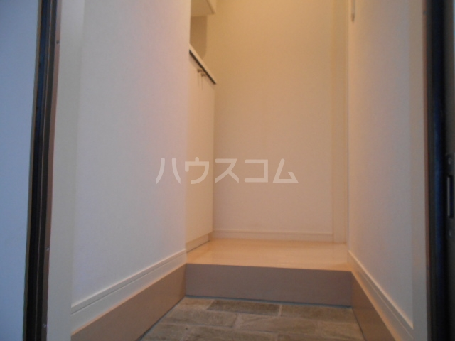 SHA-MERE 105号室の玄関