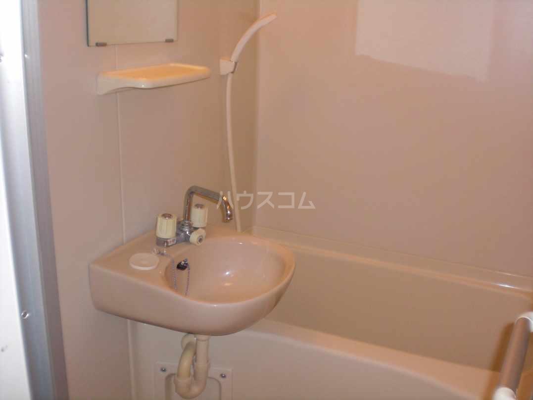 レオパレスN 104号室の風呂