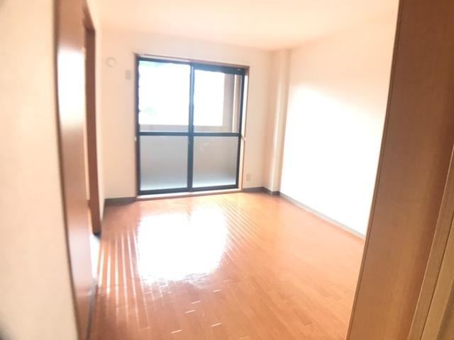 リヴィエール宮前 205号室の居室