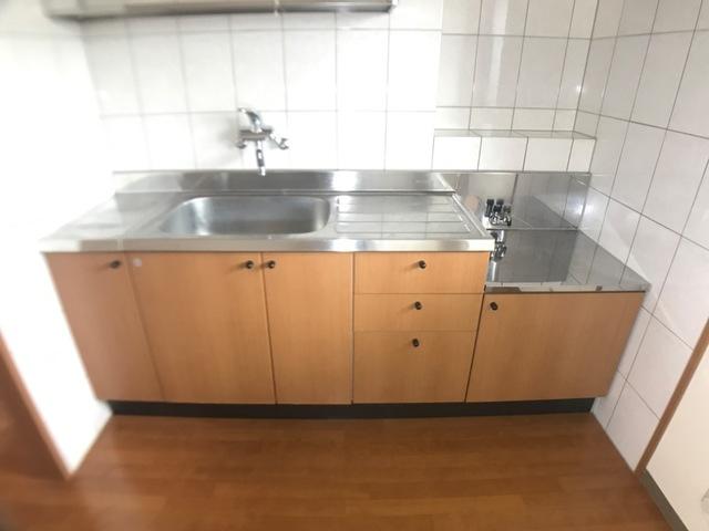 リヴィエール宮前 205号室のキッチン