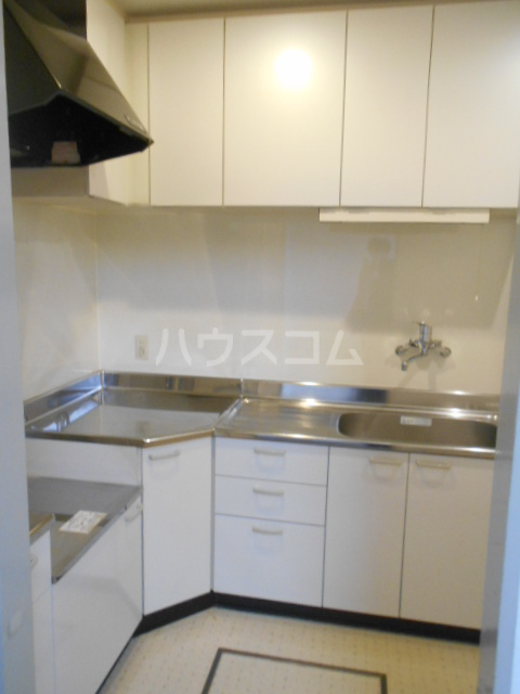 フジレジデンス 202号室のキッチン