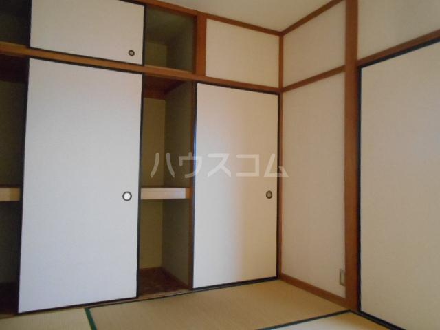 小沢ハイツ 303号室の居室