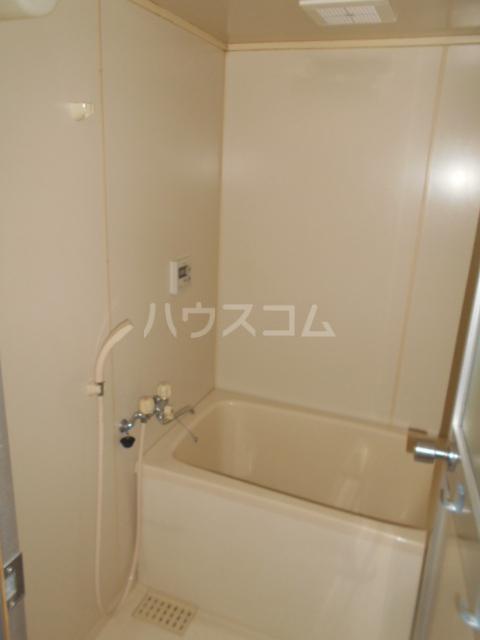 小沢ハイツ 303号室の風呂
