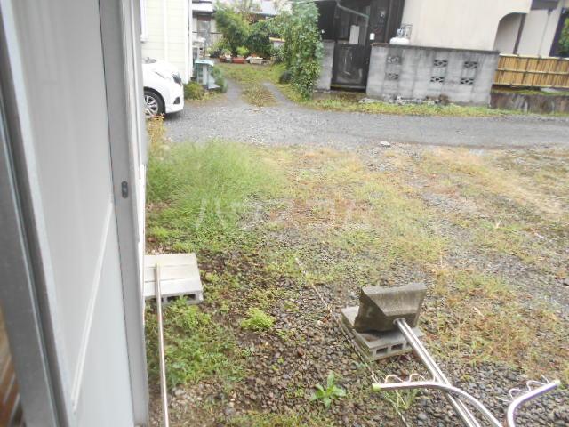 みかど荘 貸家の庭