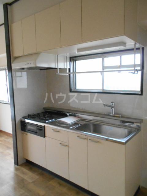 扇町マンション 202号室のキッチン