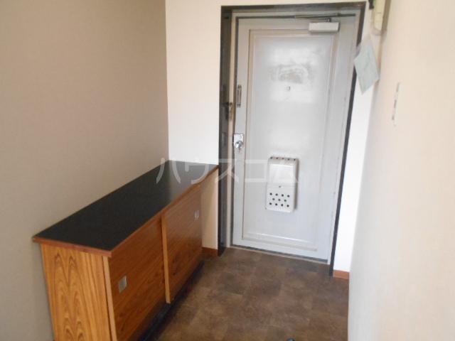 扇町マンション 202号室の玄関