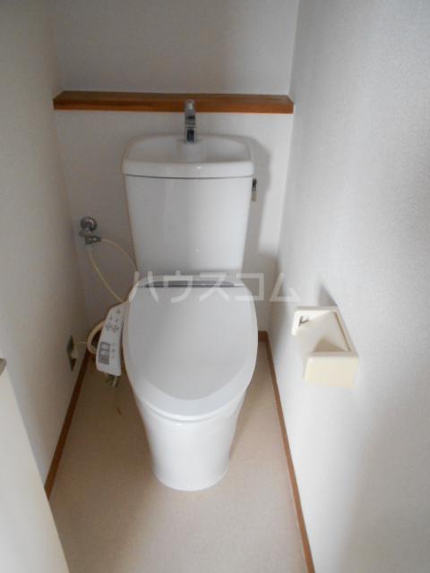 小沢ハイツ 201号室のトイレ