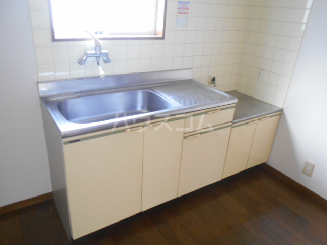 コーポ十二天B 101号室のキッチン
