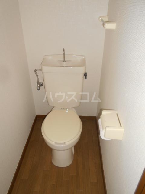 コーポ十二天B 101号室の洗面所