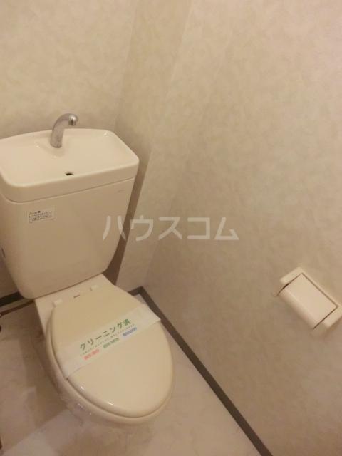 ピュアコート・すみれ 303号室のトイレ