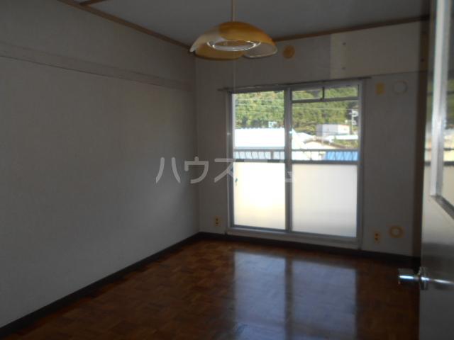 小川ハイツ 303号室の居室