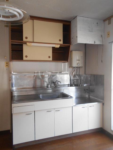 小川ハイツ 303号室のキッチン