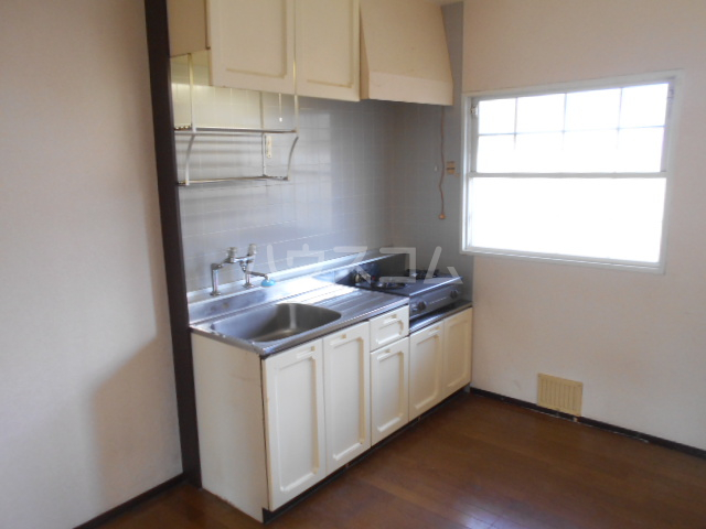 ベルデK 101号室のキッチン