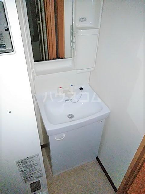 チアフルコート 203号室の洗面所