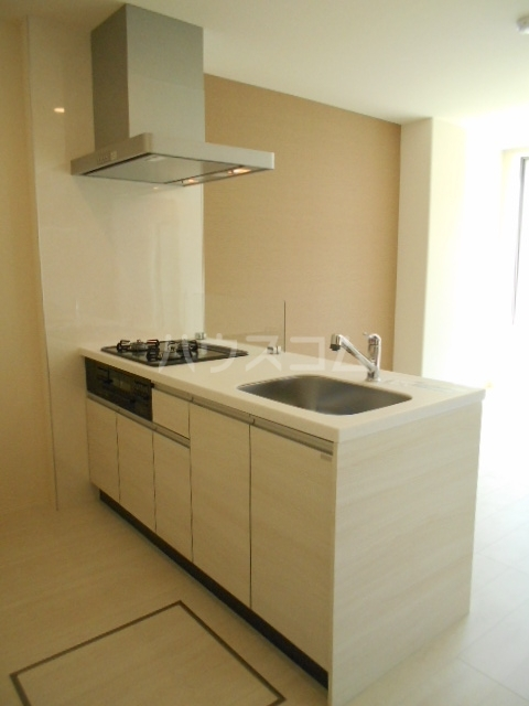 小田原市飯泉マンション新築工事 303号室のキッチン