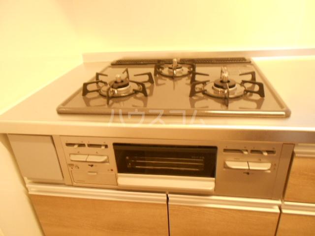 コンフォルト 102号室のキッチン