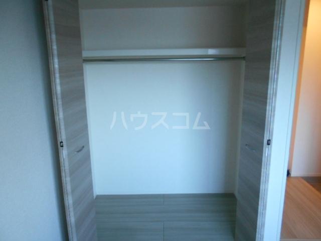 コンフォルト 102号室の収納