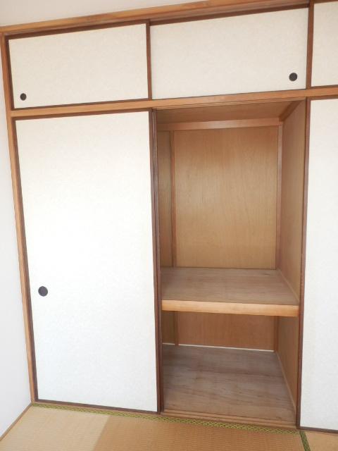 コーポフェニックスB 406号室の収納