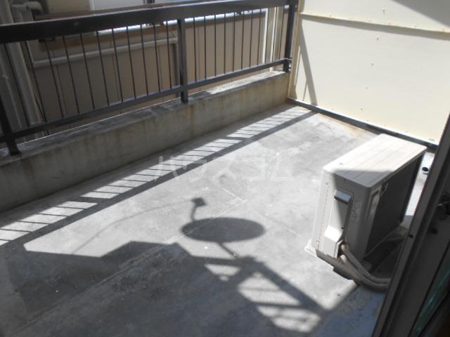 栄町マンション 3C号室の駐車場