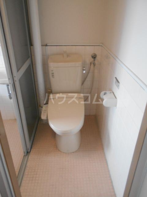 栄町マンション 3C号室のトイレ