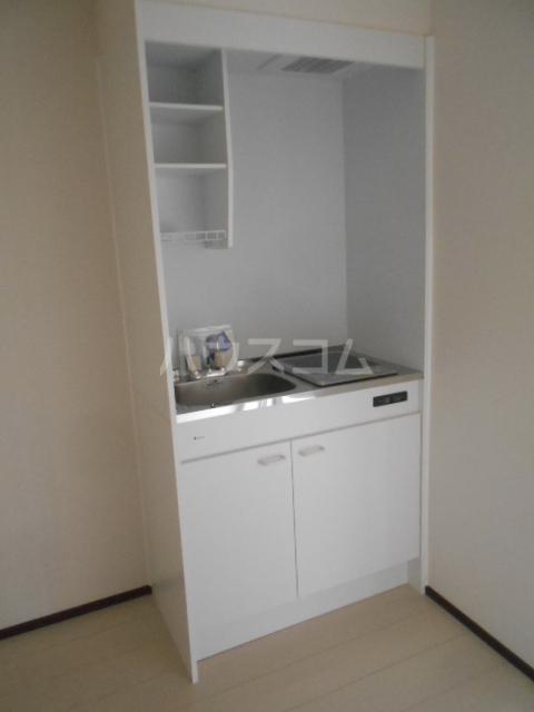 ベルウッド小田原 102号室のキッチン