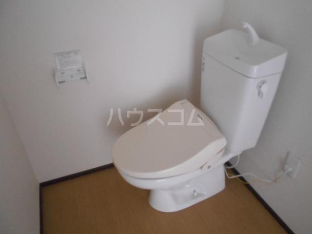 ベルウッド小田原 102号室のトイレ