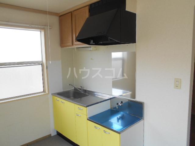 すみれⅠ 201号室のキッチン