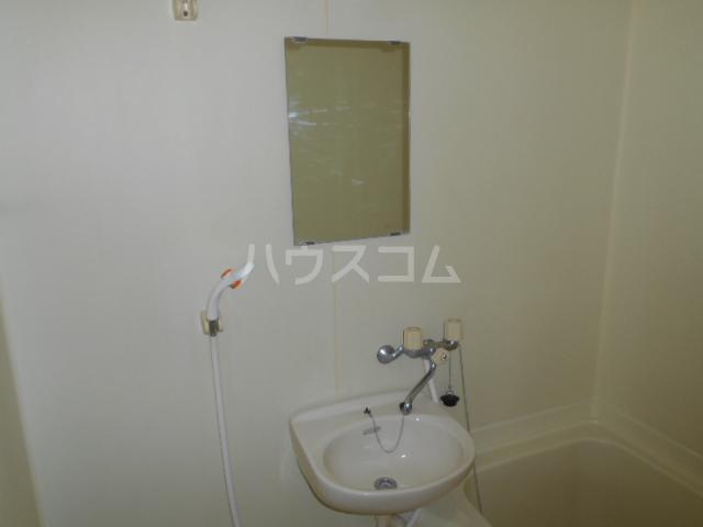 すみれⅠ 201号室の洗面所