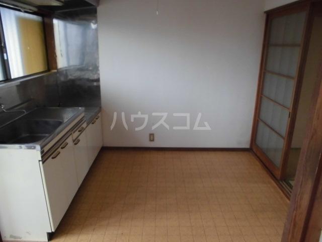 コーポタナベ 202号室の居室