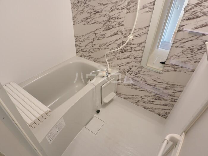 セレナオモダカ 103号室の風呂