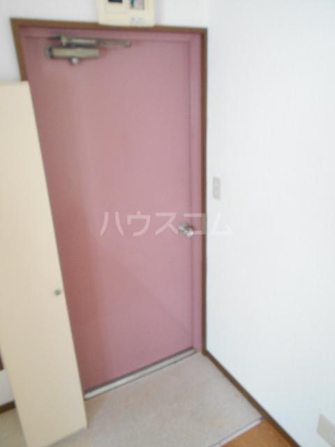 エトアール西葛西阿部ビル 403号室の玄関