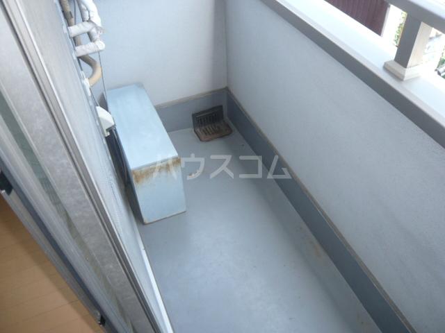 サンイング鎌倉 102号室のバルコニー