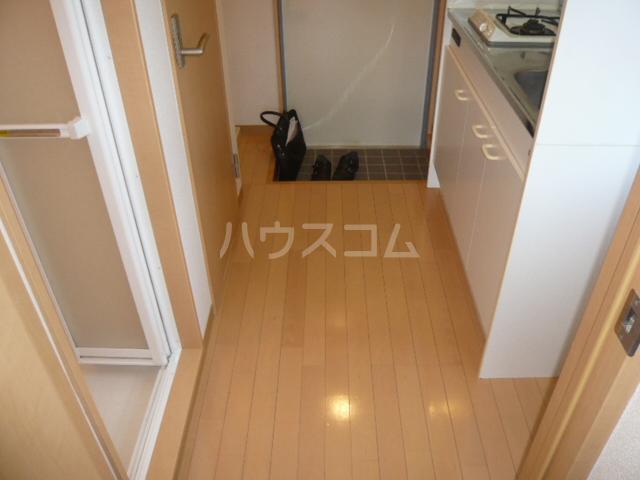 サンイング鎌倉 102号室の