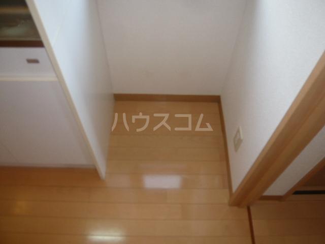 サンイング鎌倉 102号室の設備