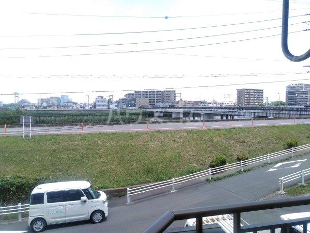 アステール高砂 205号室の景色