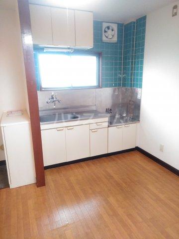 アステール高砂 205号室のキッチン