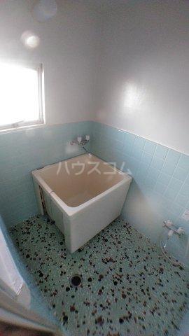 石田マンション 202号室の風呂