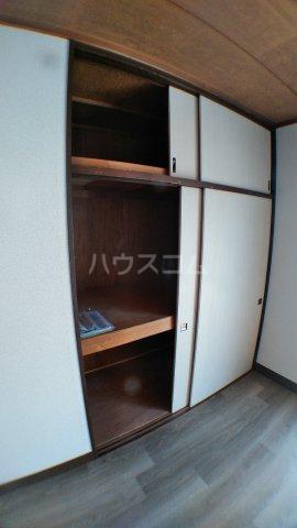 石田マンション 202号室の収納