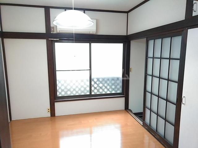 東四つ木戸建の居室