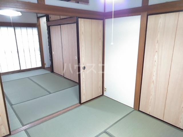 東四つ木戸建のベッドルーム