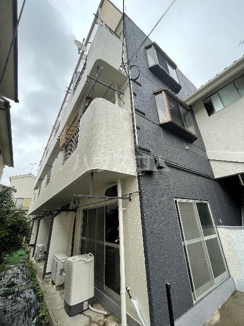 鎌倉スカイマンション 302号室の外観