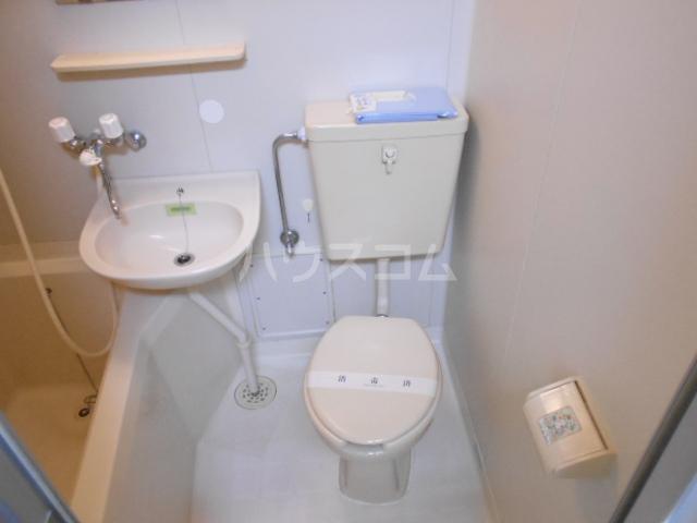 Uハイツ 203号室のトイレ