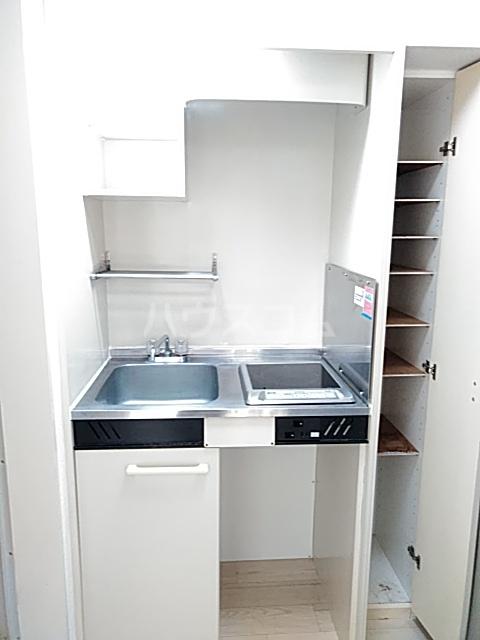 レオパレス小岩 203号室のキッチン