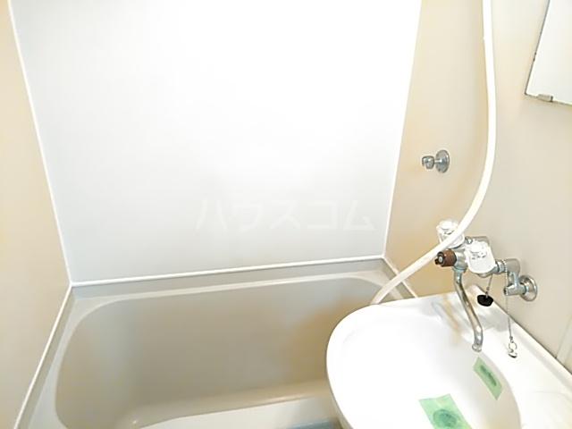 レオパレス小岩 203号室の洗面所