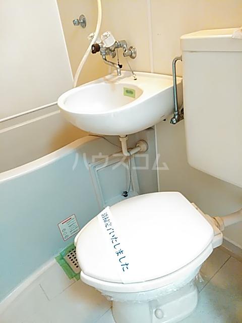 レオパレス小岩 203号室のトイレ