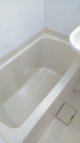 フラット戸塚深谷 204号室の風呂